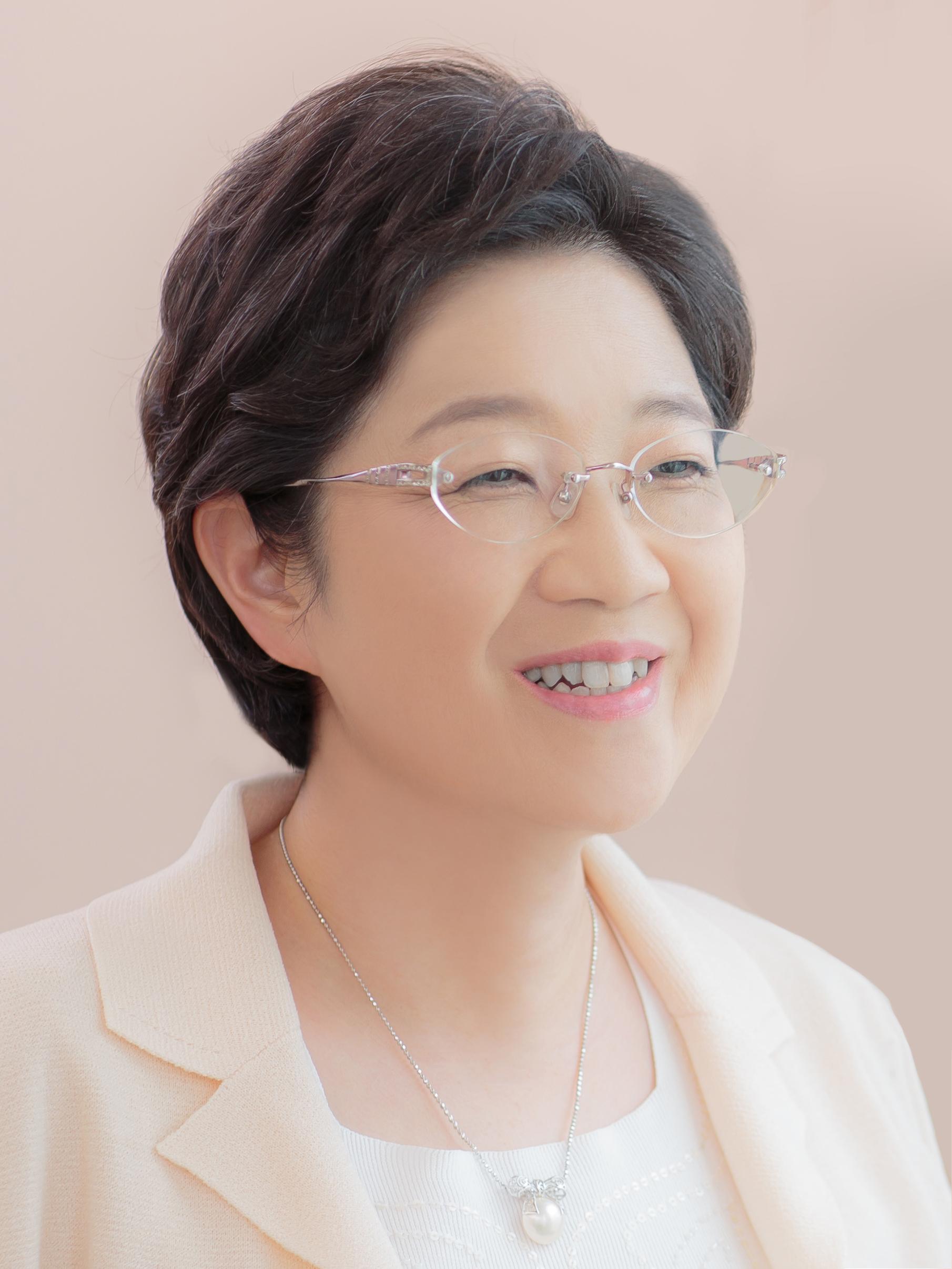 「守り人」新作『風と行く者』発売記念! 上橋菜穂子さんサイン会